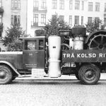 1929: Scania Speciaal transport, met stoomtractor